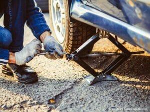 ¿Cómo cambiar una llanta de automóvil?